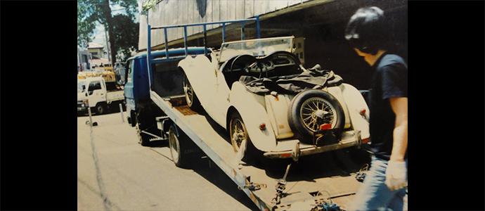 イギリスの車 MG TF