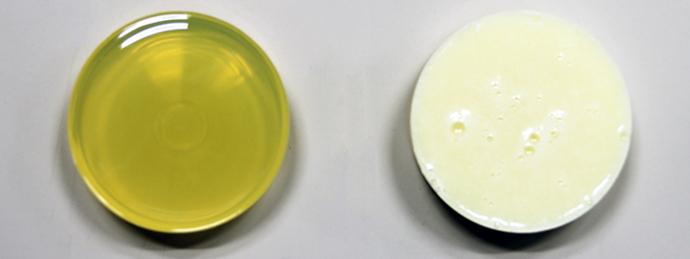 エポキシ樹脂系接着剤の攪拌サンプル