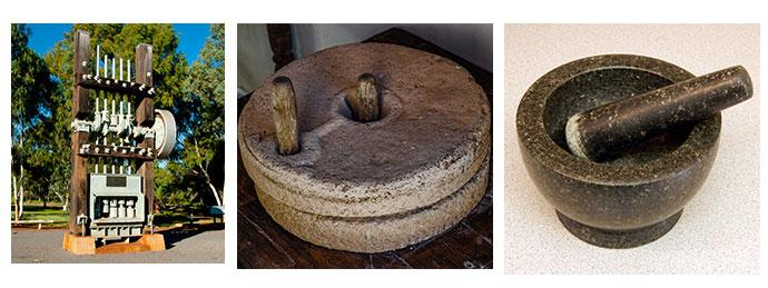 左:Stamp mill、中央:Millstone、右:Mortar & Pestle