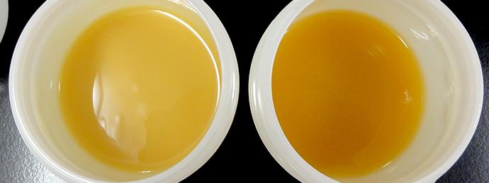 実験2 左④ARE-310、右③手攪拌 (表面にトレースが出ました)